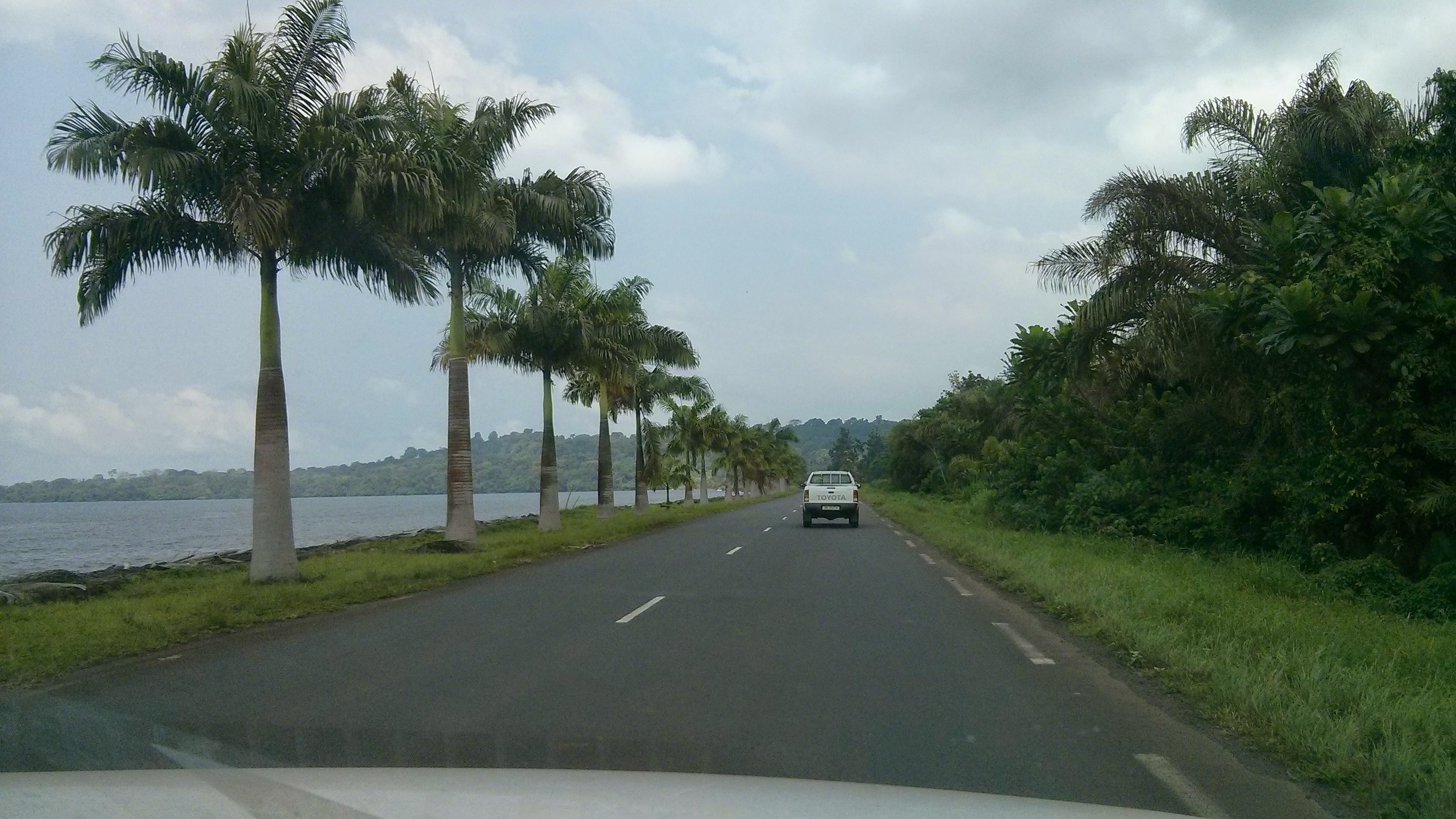 Driving alongside the water towards the southern part of the island.